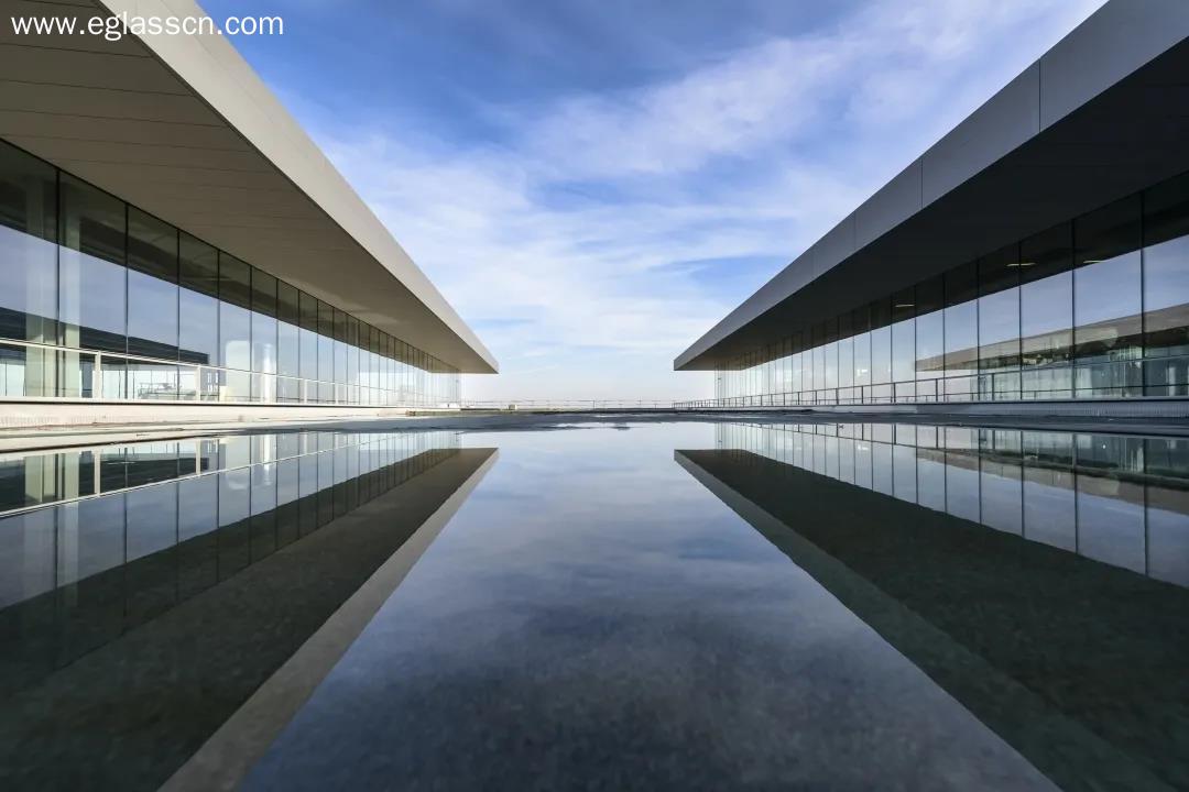 光伏玻璃需求打开天花板,8股近一个月上涨10%以上